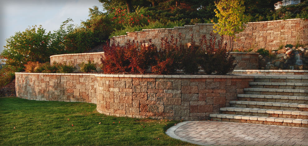 Retaining Wall With Walkway Nashville